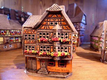 Maison colombage alsacienne 300 maisons alsaciennes - Maison a colombage alsacienne ...