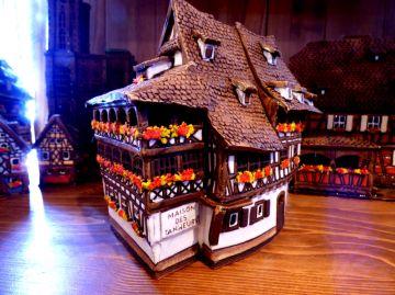 Maison colombage alsacienne maison des tanneurs maisons - Maison a colombage alsacienne ...